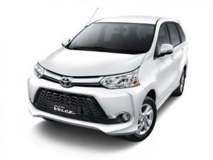 rental-mobil-jakarta rental mobil jakarta Bisnis Rental Mobil Jakarta toyota veloz white dpn beloklores 300x225