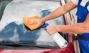 Cara Mudah Membersihkan Kaca Mobil