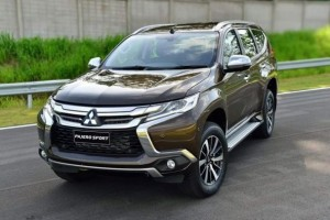 Rental Mobil Jakarta | Sewa Mobil Jakarta | harpa.co.id sewa mobil jakarta Alasan Kenapa Jasa Sewa Mobil Jakarta Lebih Menjadi Pilihan pajero 1 300x200